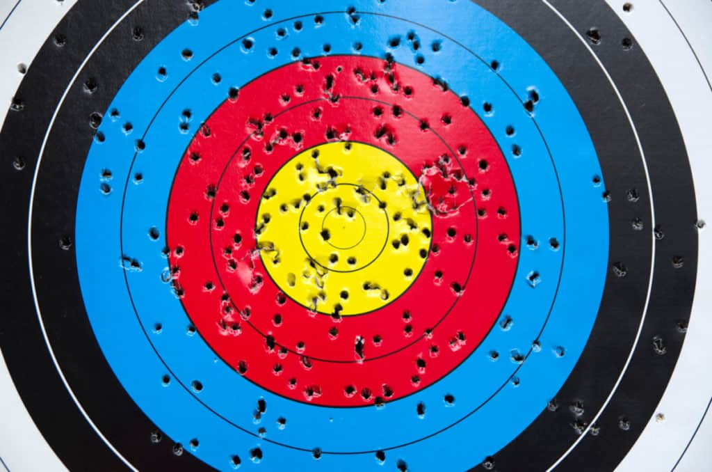 How To Make An Archery Target: 5 Target Examples – Backyard Sidekick